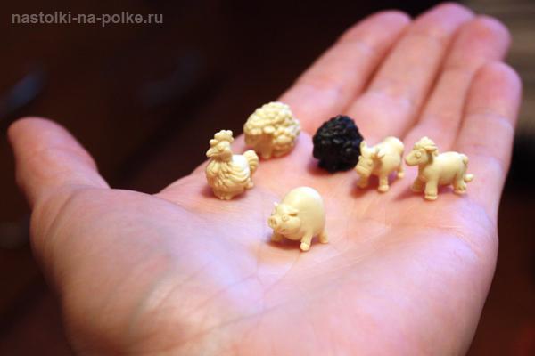 Черная овца миниатюры